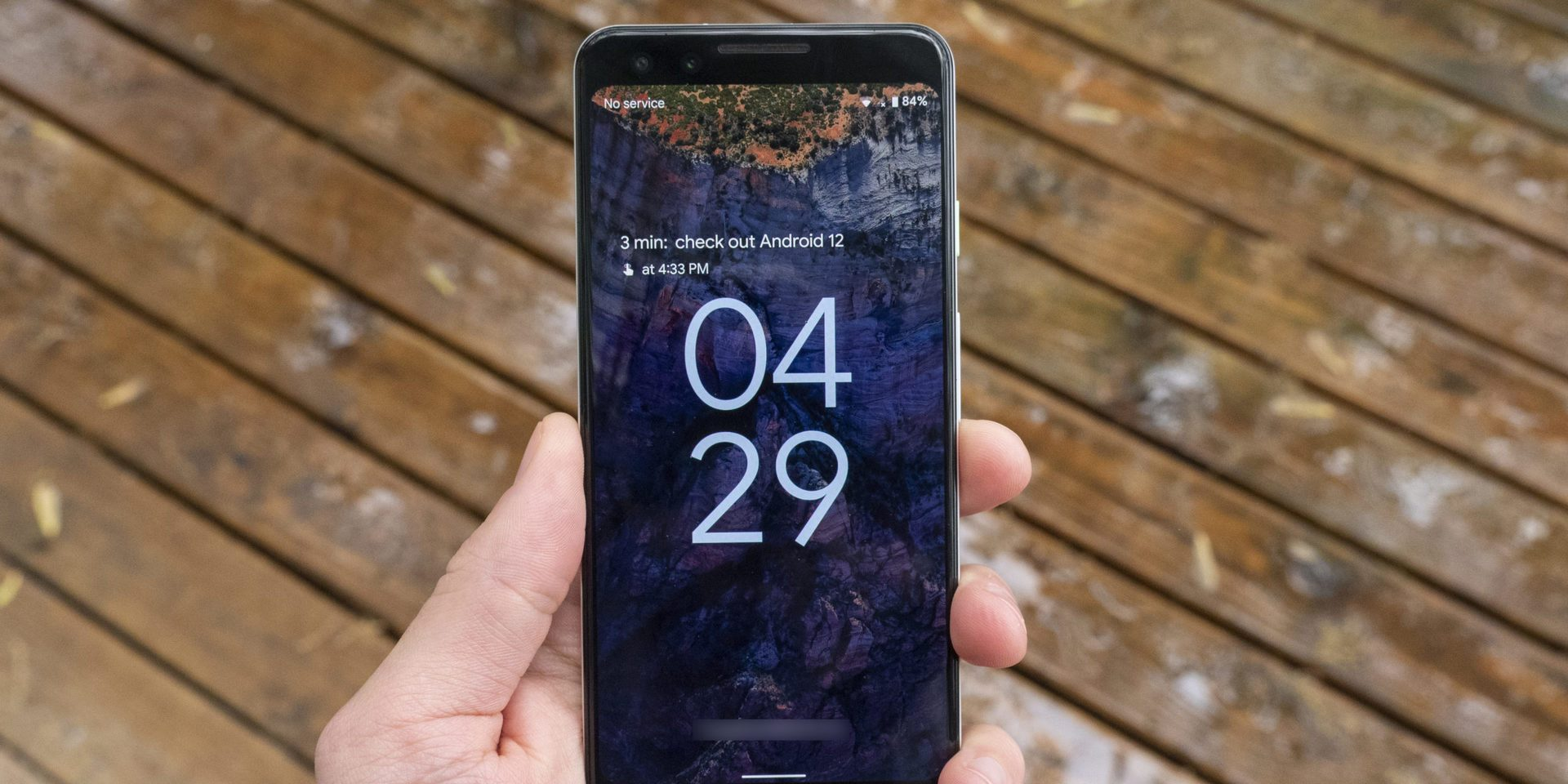 android-12-beta-1-hands-on-lock-screen-header-image-scaled