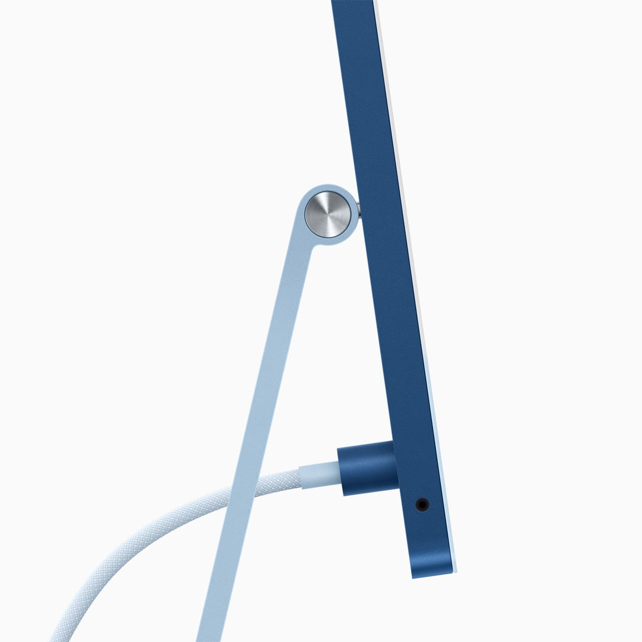apple_new-imac-spring21_ps-blue-cord-connection