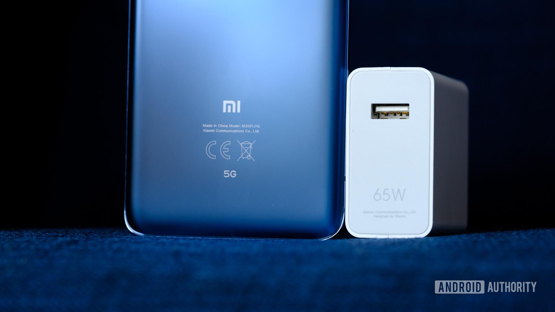 Xiaomi-Mi-10-Pro-65W-charging-brick